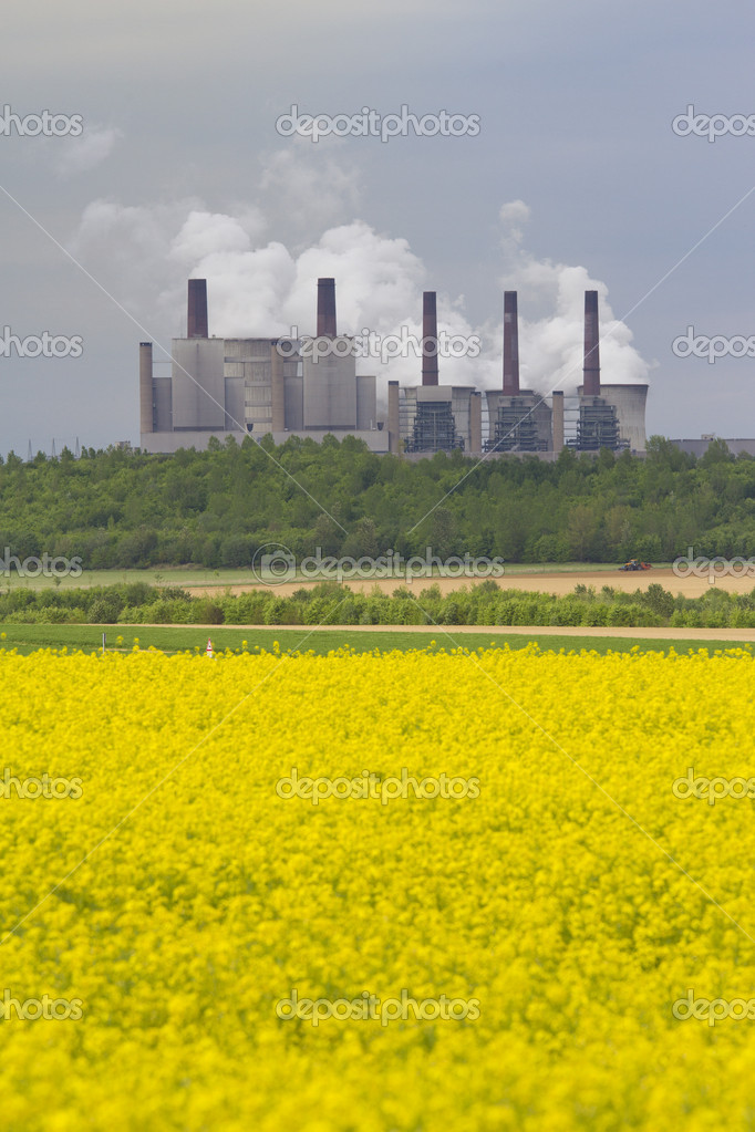 Power station in field, Germany — Stock Photo #10516686