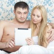 Couple with tablet computer — Stock Photo #9999671