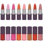 Set with lipsticks and nail polish — Stock Vector