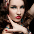 Beautiful woman in jewelry — ストック写真