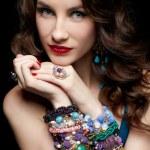 krásná žena v šperky — Stock fotografie