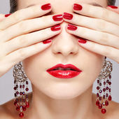 Beautiful woman's manicure — Stockfoto