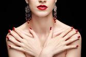 Güzel esmer kadın — Stok fotoğraf