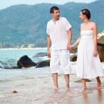 Romantic couple at beach — Stock Photo #8329709