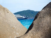 Boulders ship and ocean — Stock Photo