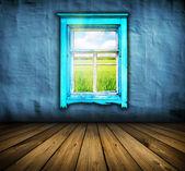 Donkere vintage blauwe kamer met houten vloer en een raam met veld een — Stockfoto