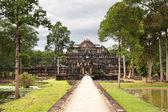 Ancient ruins of king's palace — Stock Photo