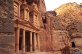 Al Khazneh or The Treasury at Petra, Jordan — Стоковое фото