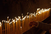 Candles in the Church of the Holy Sepulchre, Jerusalem — Stockfoto