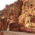 The Siq - ancient canyon in Petra, Jordan — Stock Photo