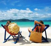 Casal na praia — Foto Stock