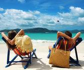 Paar am strand — Stockfoto