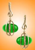 Koncepcja ładne kolczyki biżuteria — Zdjęcie stockowe