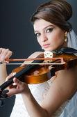 Belle mariée en prise de vue studio — Photo