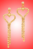 Skönhet mode koncept med örhängen — Stockfoto