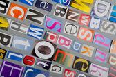 Coupez des lettres, des journaux et magazines — Photo