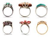 набор ювелирные изделия кольца на белом — Стоковое фото