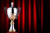 Prijs cup tegen de achtergrond — Stockfoto