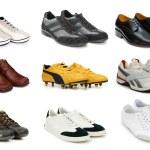 varios zapatos aislados en el blanco — Foto de Stock