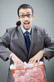 多くの無駄な紙を持つ男 — ストック写真