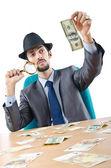Детектив обнаружения поддельных банкнот доллар — Стоковое фото
