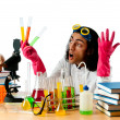 Student working in the chemical lab - Foto Stock