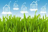 Hus i den klar himmel — Stockfoto
