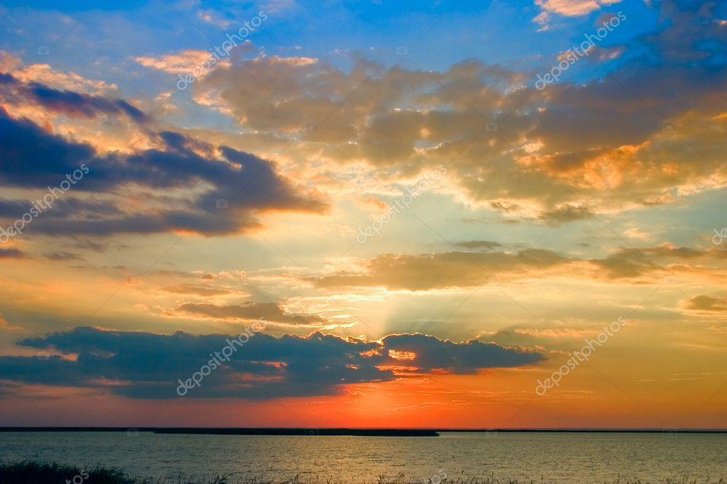 Beautiful blue and hot sunset — Stock Photo #9546255