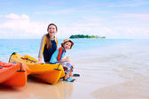 Mother and son after kayaking — Stockfoto