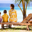 Family enjoying ocean view — Stock Photo