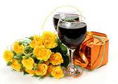Wina i róż — Zdjęcie stockowe