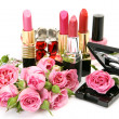 Decorative cosmetics and roses — Stockfoto