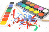 Brushes and paints — 图库照片