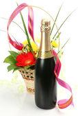 Víno a květiny — Stock fotografie