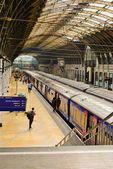 The interior of Paddington train station on May 29, 2011 in London, UK. — Stock Photo