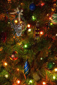 árbol de navidad con adornos — Stok fotoğraf