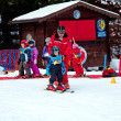 CHAMONIX-MONT-BLANC - January 07: Ski instructors study young sk — Foto Stock