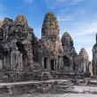 ancient temple prasat bayon in angkor complex — Stock Photo