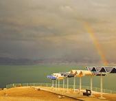 Magnífico arco iris en el mar muerto — Foto de Stock