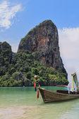 Le natif de bateau longtail — Photo
