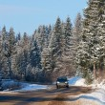 Heavy snow on the road — Stock Photo