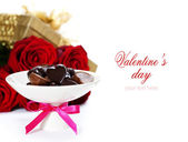 Red roses and hearts for Valentine's Day — Stockfoto