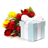 Gift box with flowers — Stok fotoğraf