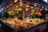 在巴塞罗那-西班牙 la boqueria 市场 — 图库照片