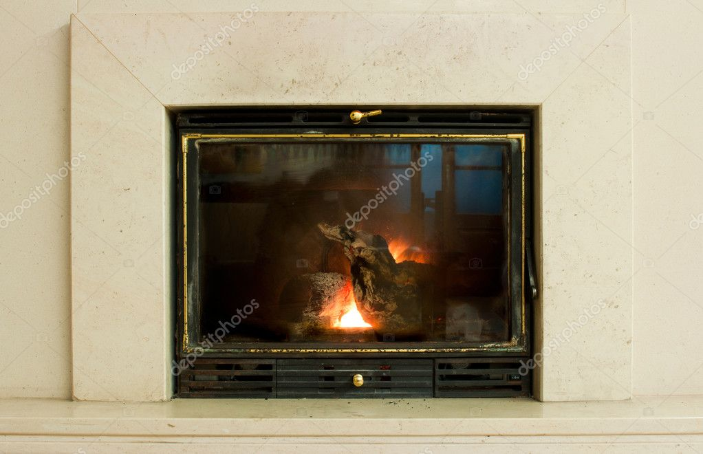 White marble fireplace in contemporary home — Stock Photo #8987249