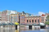 Amsterdam. Embankment of the River Amstel — Stock fotografie