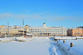 Sunny winter day in Helsinki — Stock Photo