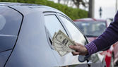 Making Money Selling Cars — Stock Photo