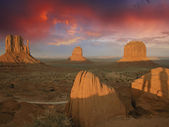 Sky Colors over Monument Valley — Stock Photo