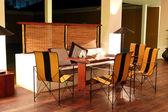 Moderno ristorante interno all'illuminazione notturna, bentota, sri l — Foto Stock